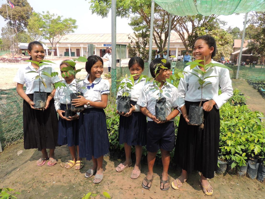 Kulara Water's reforestation program also includes an Environnemental Educational project. Three primary schools in Phnom Kulen National Park and about 400 kids are involved.